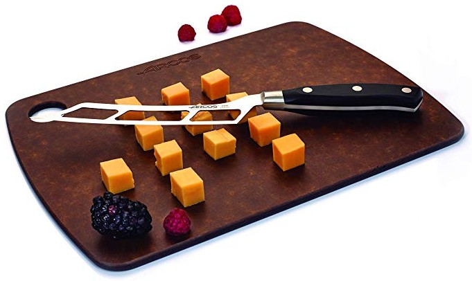 Cuchillos con agujeros: para qué sirven